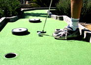 Putting on Mini Golf